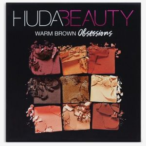 HUDA BEAUTY  Warm Brown Obsessions Eyeshadow Pal.